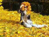 الخريف يداعب العالم