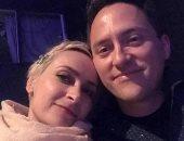 هالينا هتشينز وزوجها