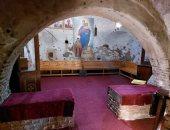 أماكن إستراحة الضيوف بكنيسة دير الأنبا فاخوري