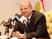 عاطف حلمى وزير الاتصالات وتكنولوجيا المعلومات