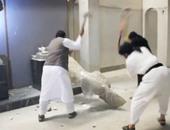 """مشهد من تدمير عناصر """"داعش"""" للآثار الآشورية"""