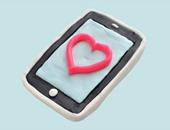 الهواتف ذكية أفضل من العلاقات العاطفية
