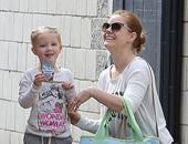 إيمى أدمز برفقة ابنتها