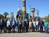 الوفد الروسى مع رئيس الشركة المهندس محمد سعد