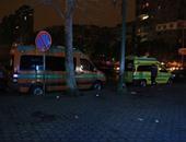 سيارات إسعاف تنقل المصابين - أرشيفية