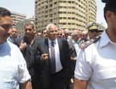 الدكتور جلال مصطفي سعيد محافظ القاهرة خلال متابعة اعمال تطوير القاهرة الخديوية