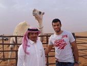 عمر السومة مع الناقة