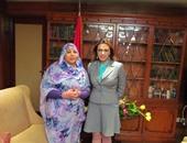 المذيعة منى سويلم وسمية سيد رئيس تحرير جريدة التغيير السودانية المستقلة