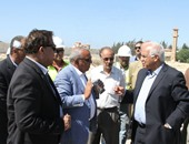 وزير النقل يتفقد مشروعات الطرق فى غرب الإسكندرية