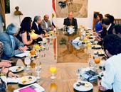 حلمى النمنم وزير الثقافة والوفد المغربى