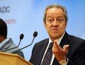 منير فخرى وزير الصناعة والتجارة الخارجية