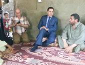 محافظ الشرقيه خلال تقديم واجب العزاء