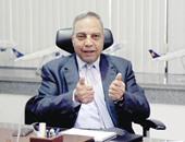 صفوت مسلم رئيس الشبكة القابضة لمصر الطيران