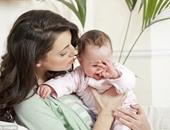 علاقة الأم بطفلها
