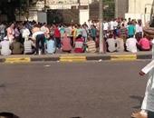 المواطنون فى انتظار الاختبارات