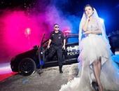الضابط مع زوجته المستقبلية