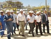 وزير البترول يتفقد حقول كرم والأصيل