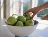تناول الفاكهة خاصة التفاح فى أول النهار