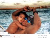 محمد رمضان مع أبنه