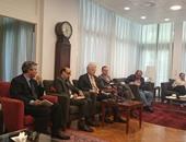 السفير الألمانى بالقاهرة أثناء المؤتمر الصحفى