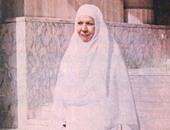 سامية جمال بملابس الإحرام