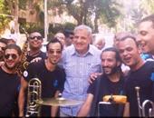 رئيس الوزراء إبراهيم محلب مع فريق حسب الله الشبابى