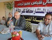 المحافظ بقرية شباس عمير خلال اللقاء الجماهيري