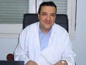 الدكتور هشام بدوى استشارى أمراض الكبد والجهاز الهضمى