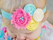 رابطة شعر عبارة عن مجموعة من الوردات الملونة