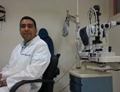 الدكتور مرتضى أحمد أبو زيد مدرس واستشارى طب وجراحة العيون بجامعة سوهاج