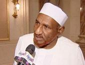 الصادق المهدى زعيم حزب الأمة ورئيس الوزراء السودانى الأسبق
