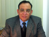 الدكتور رفيق شوقى عطا لله استشارى طب الأطفال