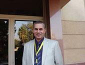 الدكتور غريب فاوى محمد أستاذ ورئيس قسم المخ والأعصاب بكلية طب سوهاج