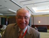 الدكتور يحيى الشاذلى أستاذ أمراض الجهاز الهضمى بعين شمس وعضو اللجنة القومية لمكافحة الفيروسات الكبدية