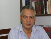 الدكتور محمد فتحى عمر استشارى الأمراض الباطنية والجهاز الهضمى