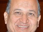 الدكتور عبد الحكيم عبد الخالق خليل  رئيس الجامعة