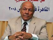 الدكتور عاصم الدسوقى أستاذ التاريخ الحديث