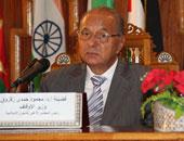 الدكتور محمود حمدى زقزوق وزير الأوقاف الأسبق مع رئيس الوزراء