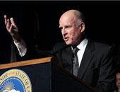 جيرى براون حاكم ولاية كاليفورنيا الأمريكية