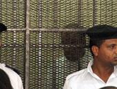 """أسامة الشيخ     الجنايات تقضى بالسجن 7 سنوات لـ """"الفقى"""" فى قضية """"بث المباريات"""" و5 سنوات لـ""""الشيخ"""" فى إهدار المال العام فى """"مسلسلات رمضان"""".. وأنصار """"الشيخ"""" يرددون """"باطل باطل"""" ويرشقون هيئة المحكمة بزجاجات المياه S9201128142141"""