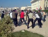 اشتباكات بين الأمن وطلاب الإخوان بجامعة الفيوم – أرشيفية