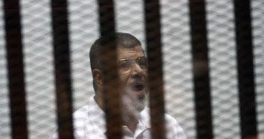 """وصول مرسى وقيادات الإخوان المتهمين فى """"الاتحادية"""" لأكاديمية الشرطة"""