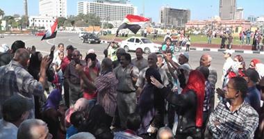 مسيرة من التحرير لدار القضاء للمطالبة بالقصاص لشهداء الجيش والشرطة