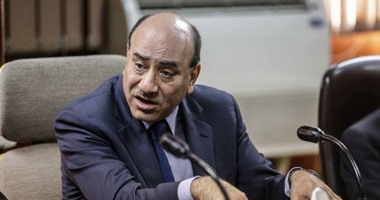 قرار جمهورى بإعفاء هشام جنينة من رئاسة الجهاز المركزى للمحاسبات