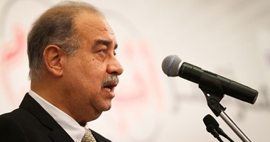 رئيس الوزراء يستقبل نظيره اليمنى بمطار القاهرة اليوم