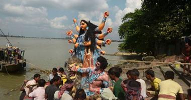 بالصور.. شاهد طقوس احتفال الهندوس بذكرى انتصار الخير على الشر