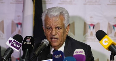 """المبادرة الشعبية العربية تشجب مشاركة الرئيس الفلسطينى فى جنازة """"بيريز"""""""
