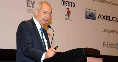 """رئيس اقتصادية قناة السويس: الفرص الصناعية واعدة.. و""""التصدير"""" أهم أولوياتنا"""
