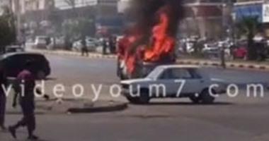 بالفيديو.. عناصر إخوانية يشعلون النار فى ميكروباص شرطة بأكتوبر