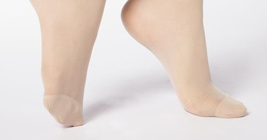 فيديو معلوماتى.. احذر ارتداء الجوارب الضيقة فى ساقيك.. تعرف على الأضرار